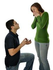 Las propuestas de matrimonio no siempre ocurren como se planean.
