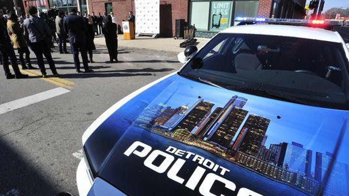 Detroit officials propose plan to boost cop pay