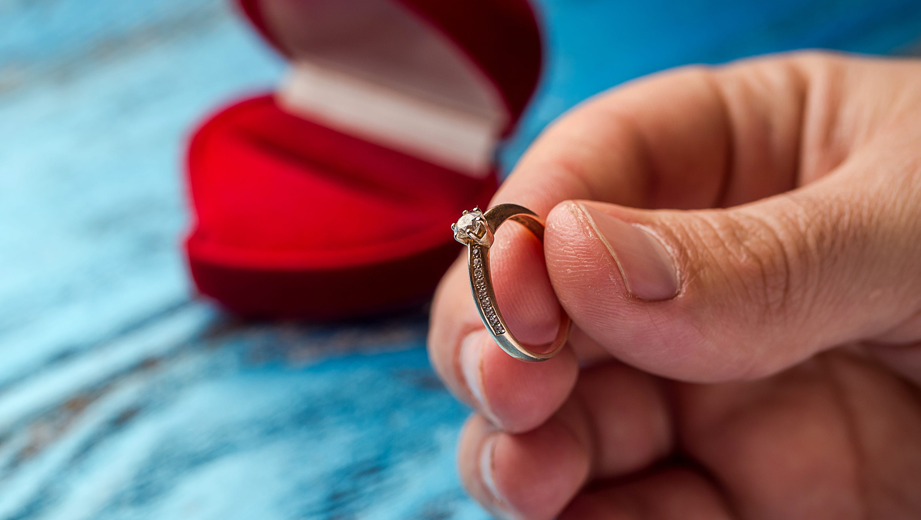 Engagement Ring: Who Gets To Keep It If The Wedding Is