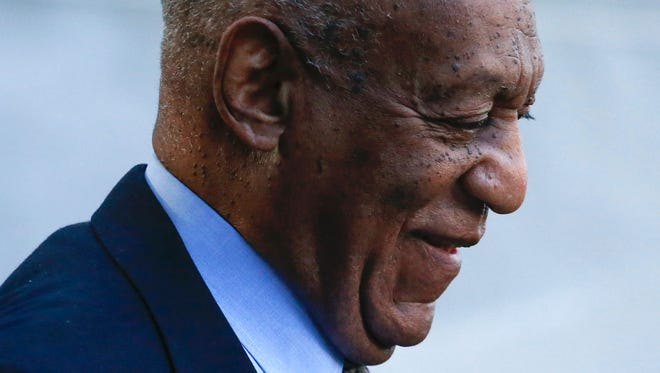 Bill Cosby arrives at Montgomery County courthouse on Nov. 1, 2016.