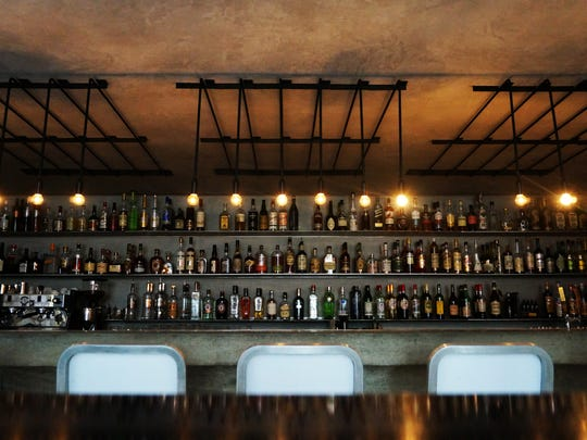 The bar at Workshop Kitchen + Bar in Palm Springs.