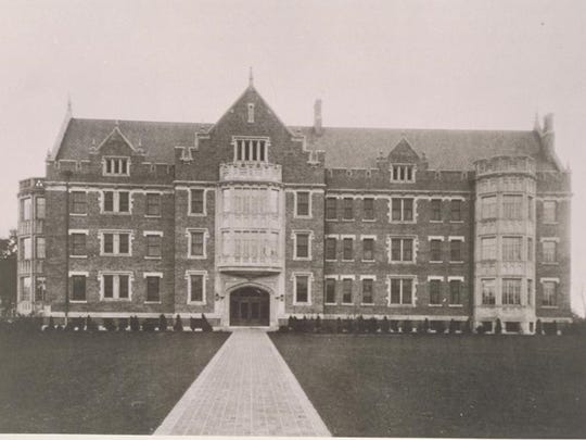 Ball Memorial Hospital viewed from University Avenue in an early 1930s photograph.