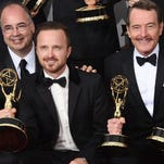 Stars shine on the 2014 Emmy Awards red carpet