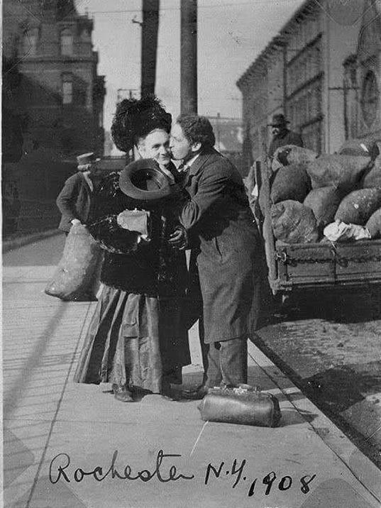 Mystery surrounding Houdini in Rochester