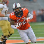 Former Illinois linebacker TJ Neal (52) will visit Auburn on Feb. 15. Neal will graduate from Illinois and be eligible for the 2016 season.