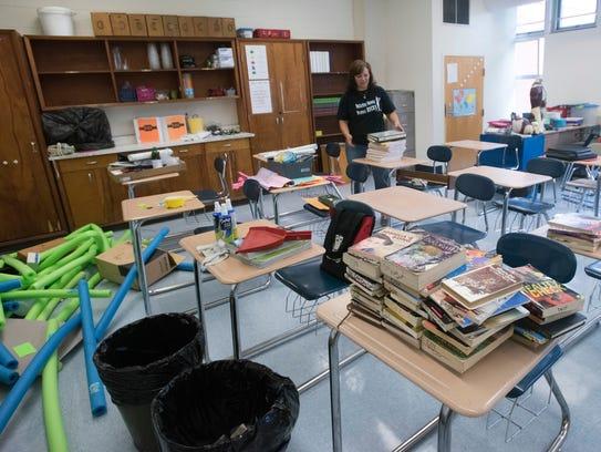 Bellview Middle School science teacher Bridget Tindel