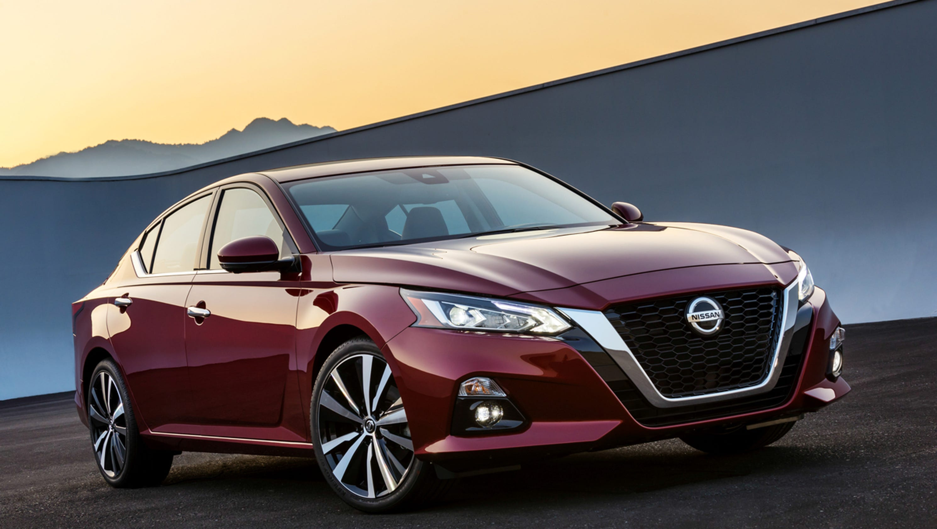 Nissan Unveils Redesigned Altima At New York Auto Show