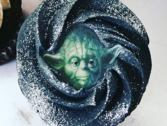 Yoda - Ava's Cupcakes
