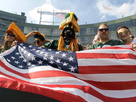 USP NFL: CINCINNATI BENGALS AT GREEN BAY PACKERS USA WI