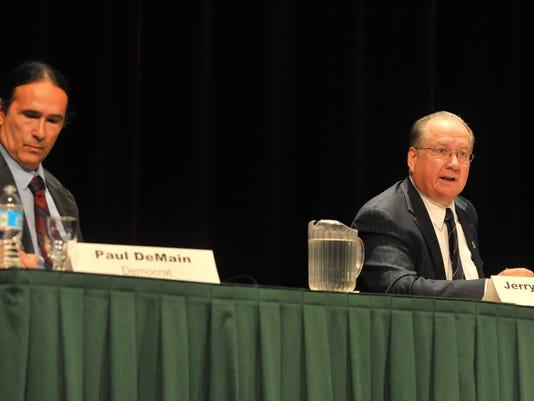 WDH 1029 Senate debate.JPG
