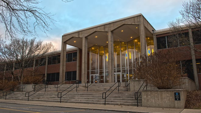 MTSU's Cope Administration Building