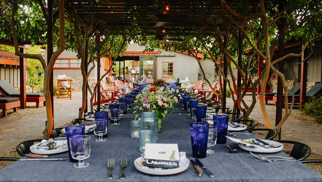 Saturday supper at Sparrows Lodge in Palm Springs