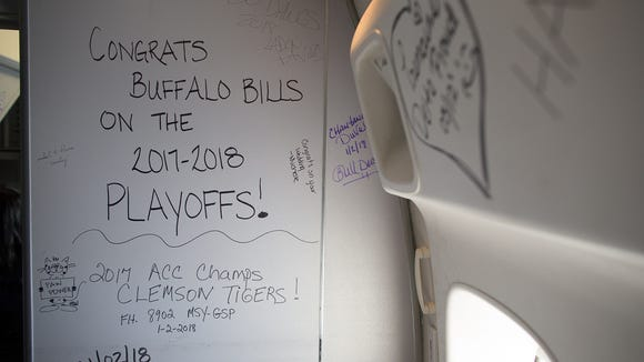 A note scrawled on a bulkhead of Delta Air Lines' last