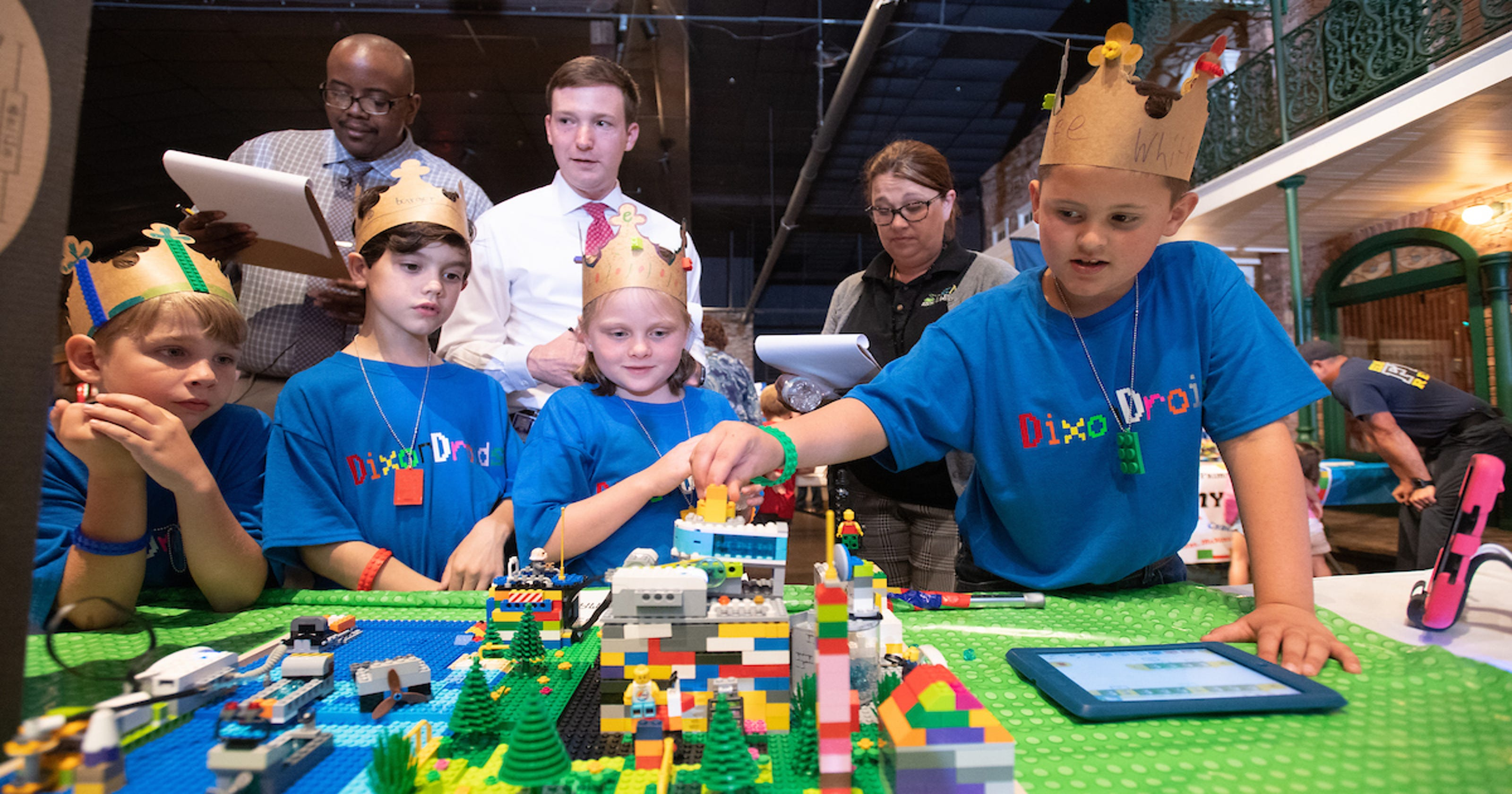 Escambia County FIRST LEGO League Junior Expo: Kids show off