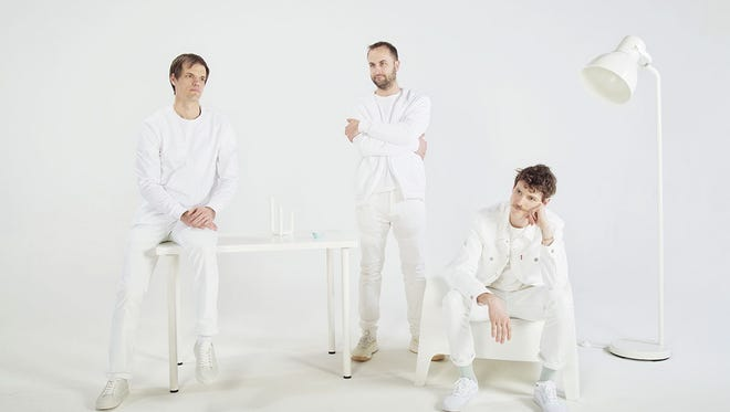 Houndmouth, based in New Albany, seems to be embracing a new sound on its upcoming Reprise Records album.