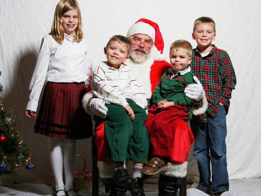 Breakfast with Santa fundraiser on Dec.2 PHOTO CAPTION