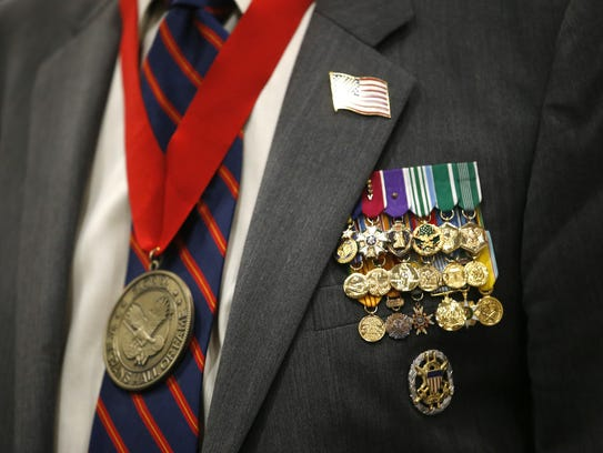 Florida honors distinguished veterans with this medallion
