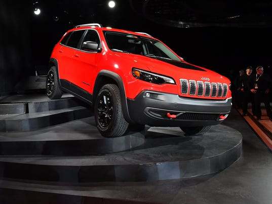 636516915980655617-2018-0116-dm-naias-jeep-cherokee0120.jpg