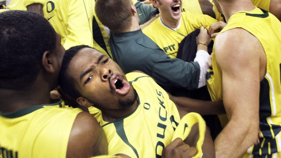 Aaron Brooks (foreground) led Oregon to the NCAA tournament in 2007.