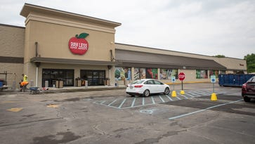 Pay Less opens new Muncie store on Wednesday
