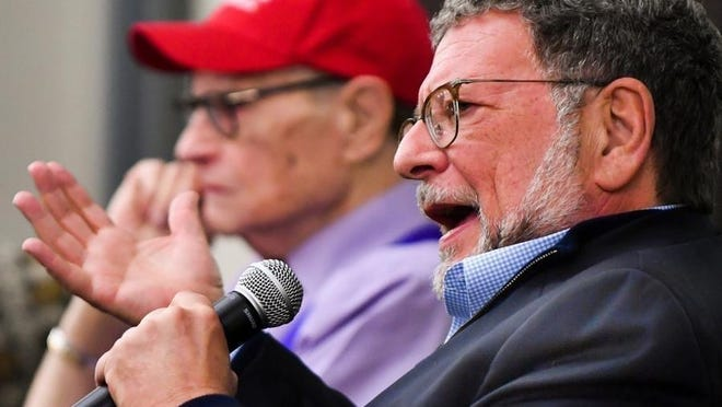 Los Angeles Dodgers broadcaster Charley Steiner, right, and legendary television host Larry King participate in a panel discussion in 2017 during the Charley Steiner Symposium on the Bradley University campus. Steiner is a BU graduate.