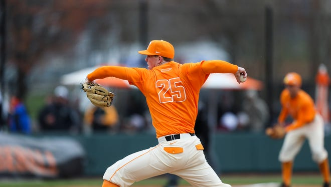 Tennessee's Zach Liginfelter delivers a pitch during Saturday's game against Cincinnati at Lindsey Nelson Stadium.