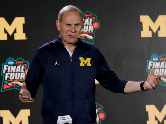 Michigan_Beilein__Basketball_42785.jpg
