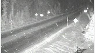Snow accumulating in the Santiam Pass on November 16, 2016.