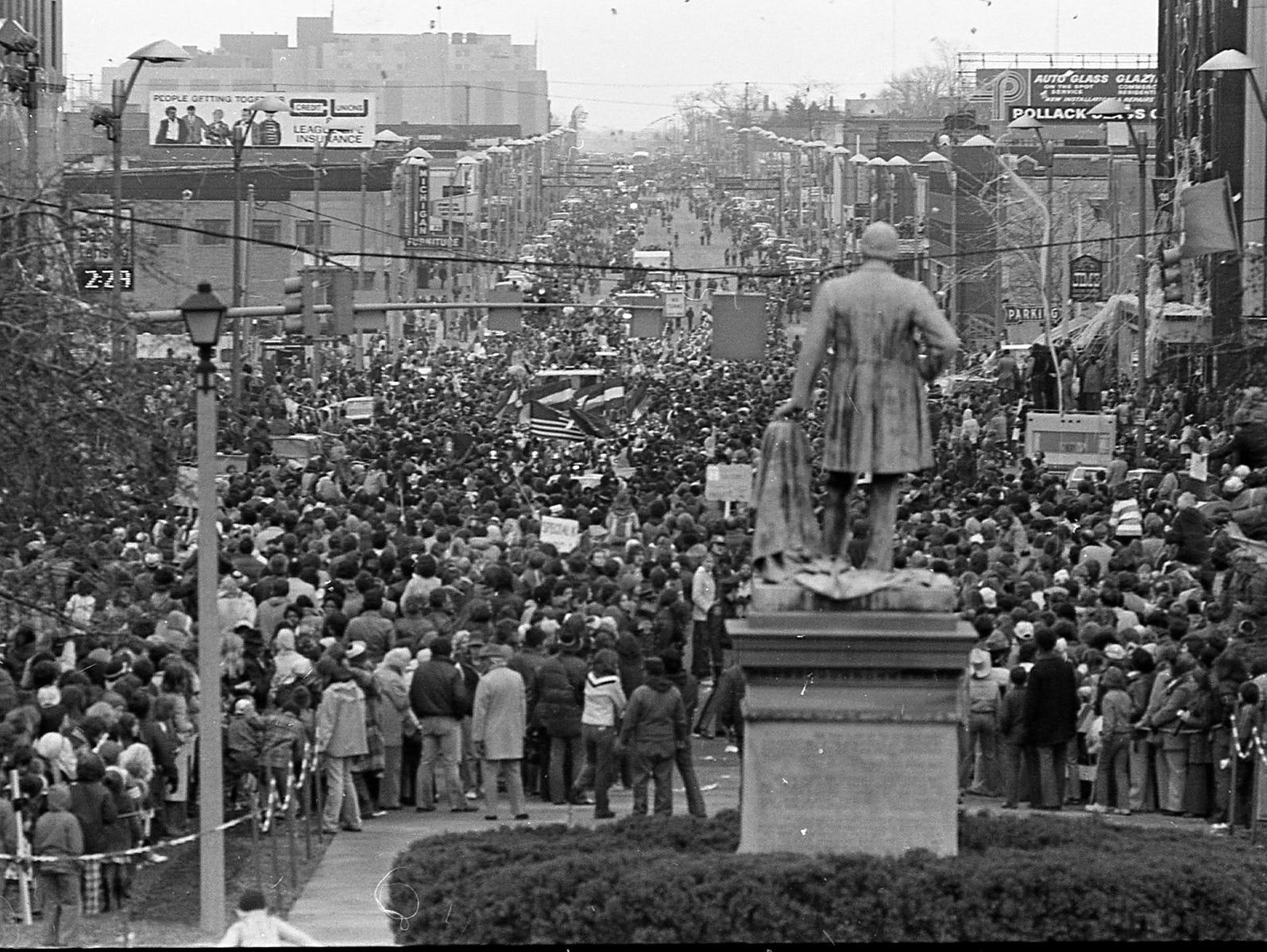 1979 : Parade of Champions Celebrates MSU's 1st Basketball Championship