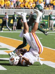 Iowa State wide receiver Allen Lazard (5) lands in