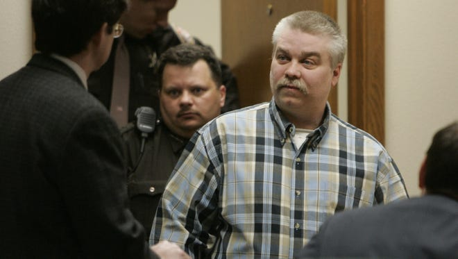 Steven Avery enters a courtroom in the Calumet County Courthouse in Chilton in March 2007.