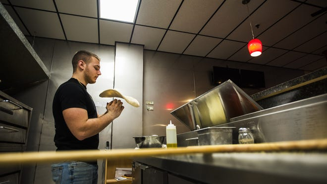 Kids can learn to make their own pizza at Divino Pizzeria & Grille off Center Square.