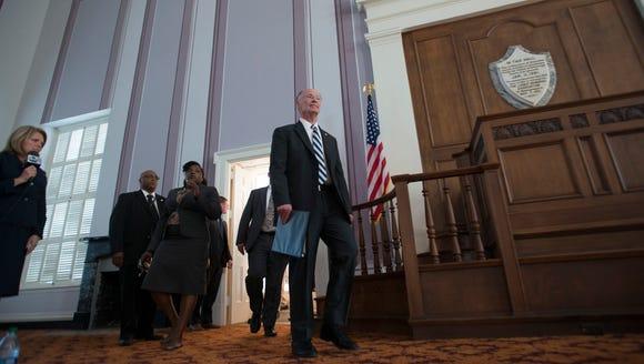 Former Governor Robert Bentley speaks after officially