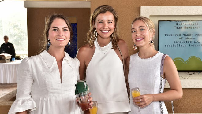 Elizabeth Thigpen, Mackenzie Rinke and Alyssa Brownell