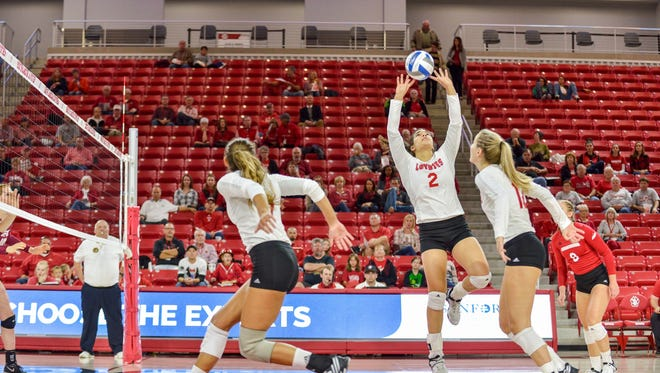 USD women's volleyball takes on NDSU at the DakotaDome on September 30, 2016.
