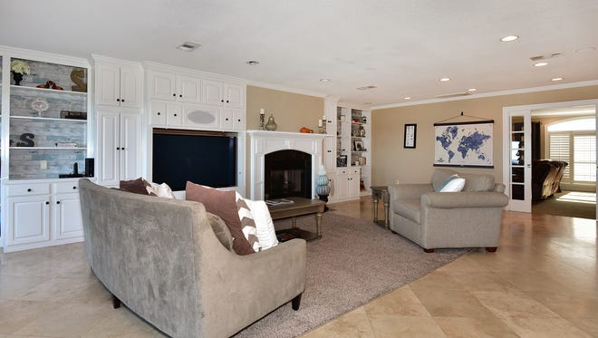 2004 Reservation Road, the living room is an excellent entertaiing space.