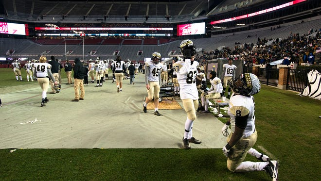 Wetumpka's Recardio Bozeman reacts to a Pinson Valley touchdown during the AHSAA Class 6A Football State Championship on Friday, Dec. 8, 2017, in Tuscaloosa, Ala. Pinson Valley defeated Wetumpka 31-10.