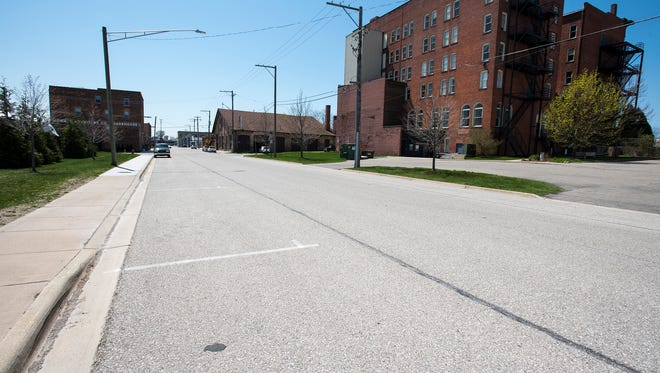 City officials are proposing widening 4th Street in Port Huron by five feet, allowing an additional 15 angled parking spaces. Widening the road would still fit within the road right-of-way and no additional land would need to be purchased.