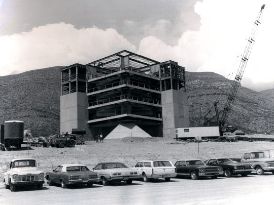 In the summer of 1976, the Alamogordo community watched the construction of the new International Space Hall of Fame. Alamogordo and area residents were highly supportive of the project.
