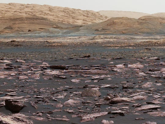 This view toward Vera Rubin Ridge on Mount Sharp, Mars,