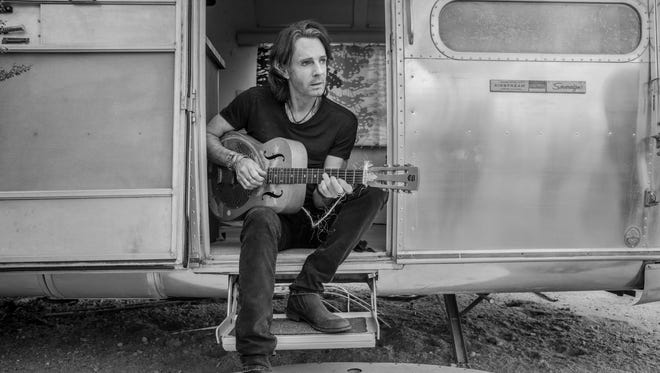 Rick Springfield shares a different side on his new album.