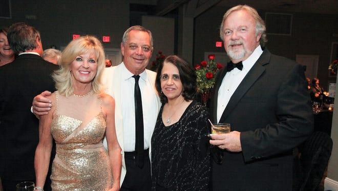 DeeDee Davis, Corbett Davis Jr., Diane Thompson, and Larry Morris