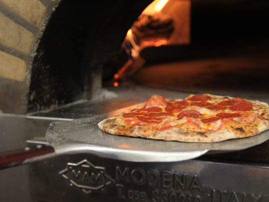 636549212884388255-Pizza.jpg