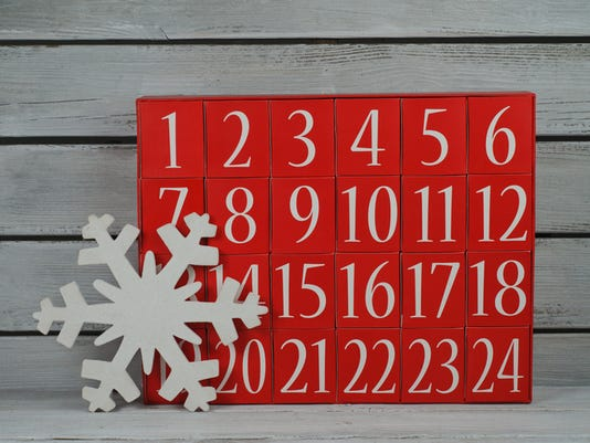 Advent calendar and snowflake