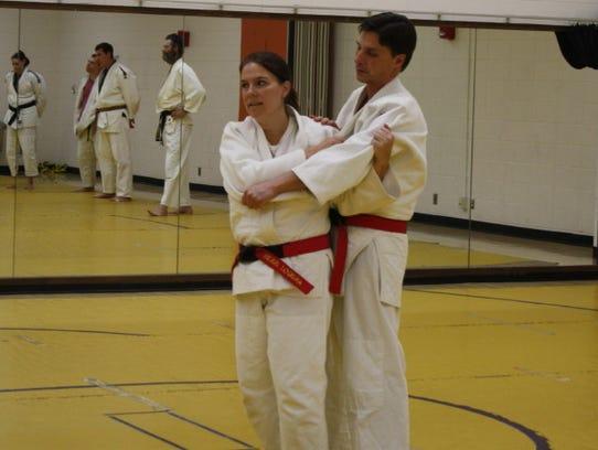 Kerri Loduha demonstrating removing space for technique.