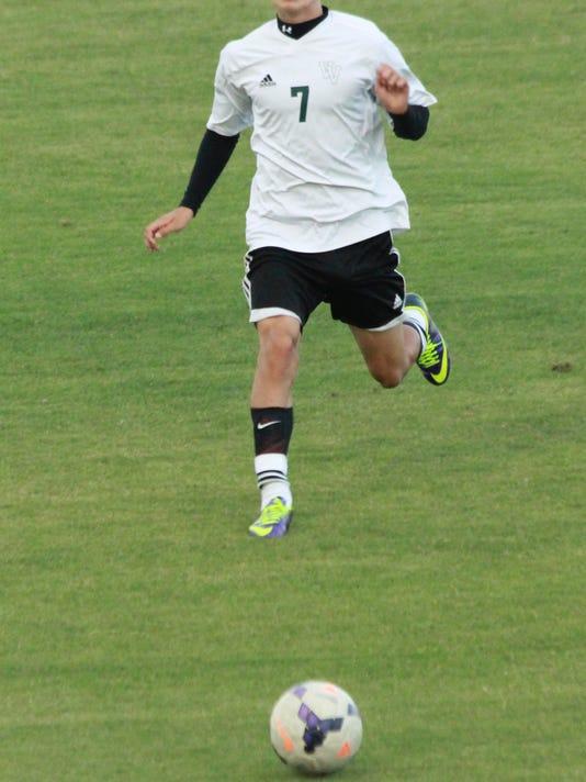 STG0902 dvt VVHS boys soccer 5.jpg