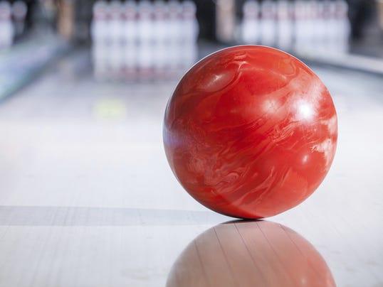 636204422627707696-Bowling2.jpg