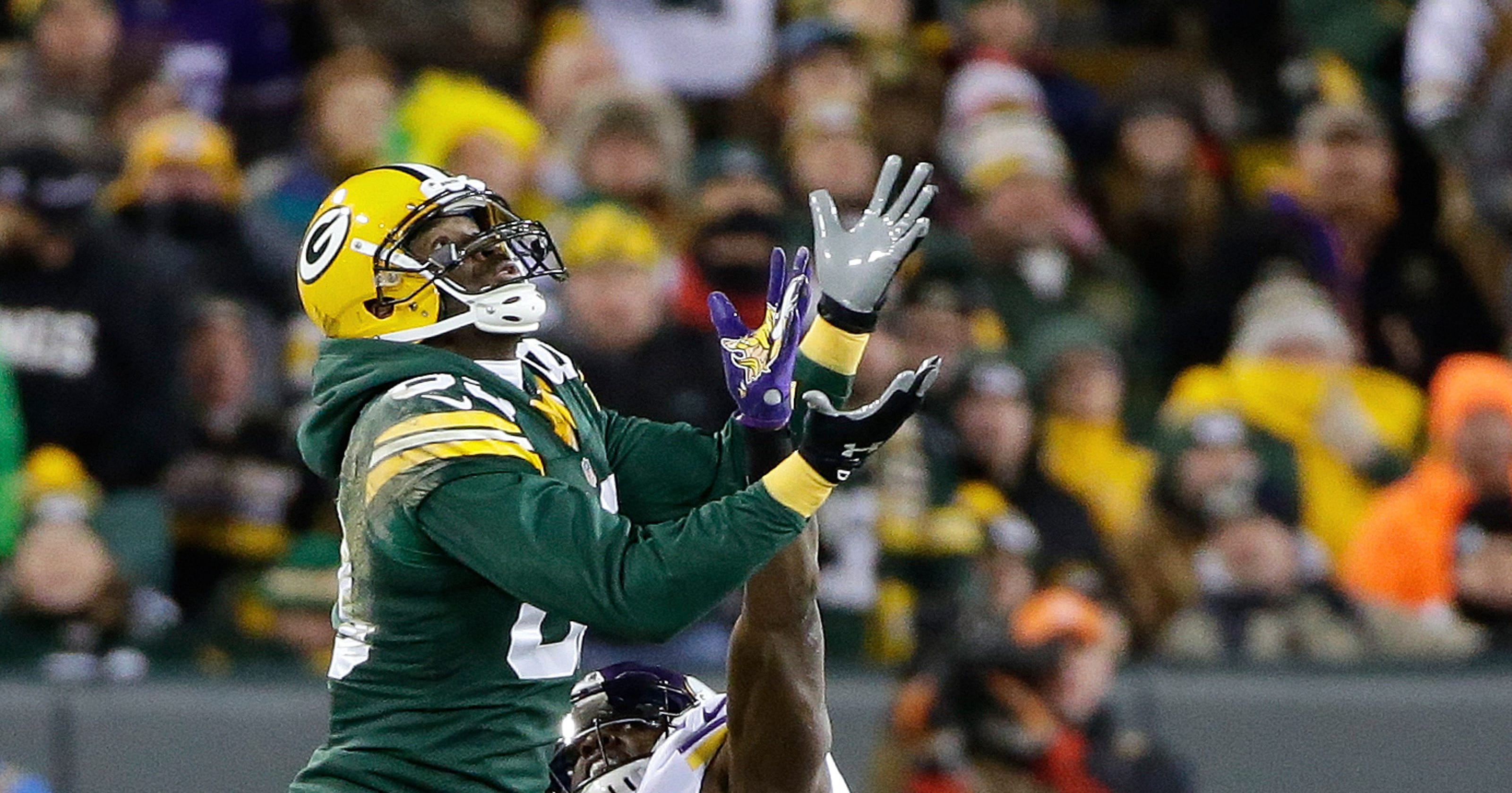 e35cdca56 NFL to outlaw hoodies with  James Jones rule