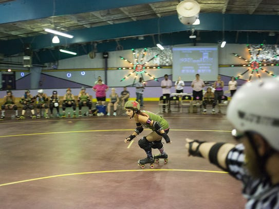"York City Derby Dames jammer Michelle ""Reaping Beauty"""