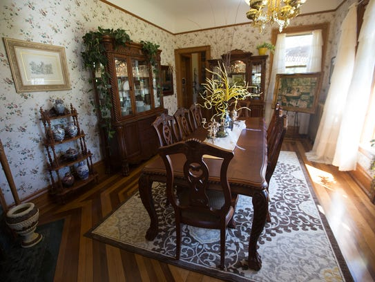 The formal dining room at Le Chateau Bed and Breakfast